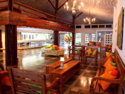 Pratagy Beach Resort Bar