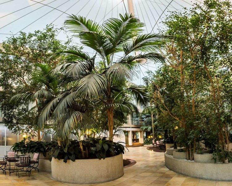 Rydges Capital Hill Garten