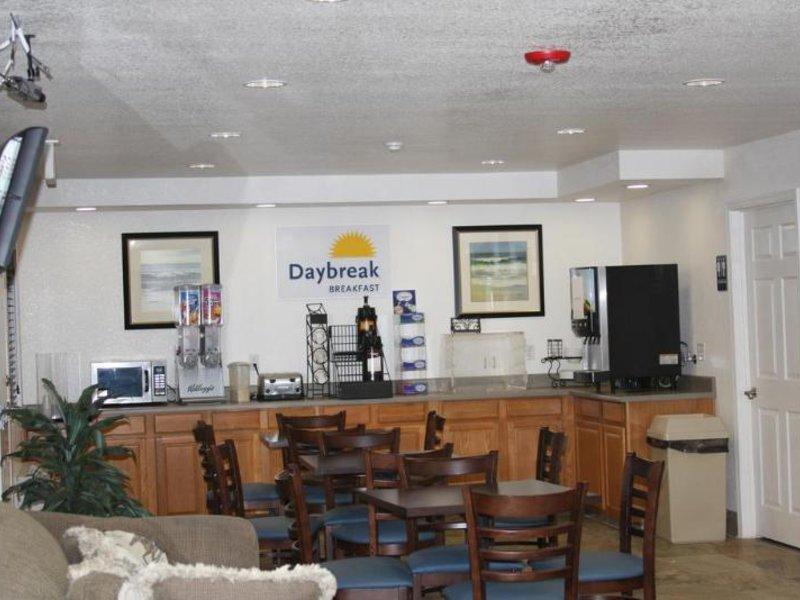 Days Inn & Suites Needles Bar