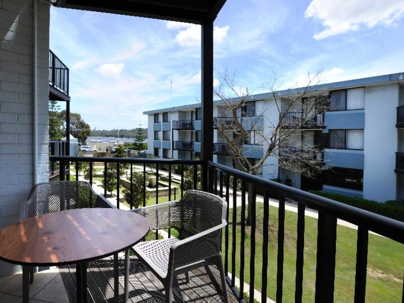 Assured Waterside Apartments Terrasse