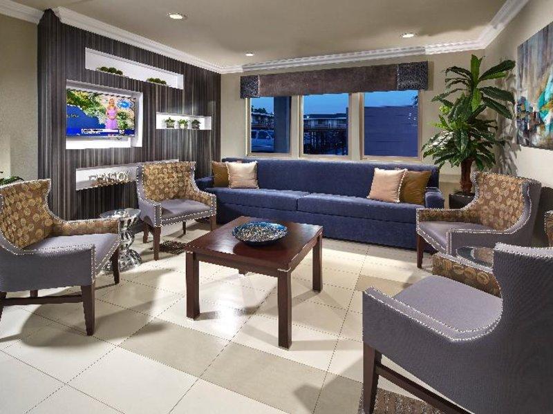 Eden Roc Inn & Suites Lounge/Empfang