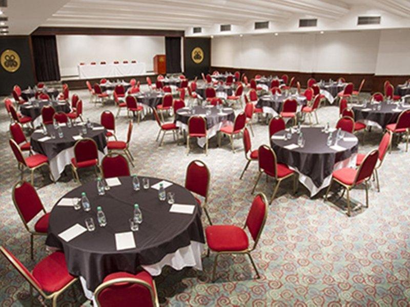 Bourbon Curitiba Convention Konferenzraum