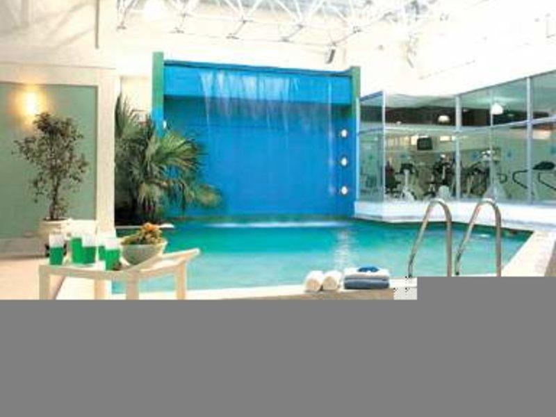 Bourbon Curitiba Convention Pool