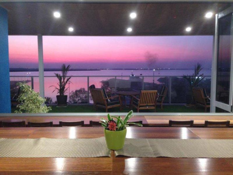 Ramada Suites Zen Quarter Darwin Lounge/Empfang