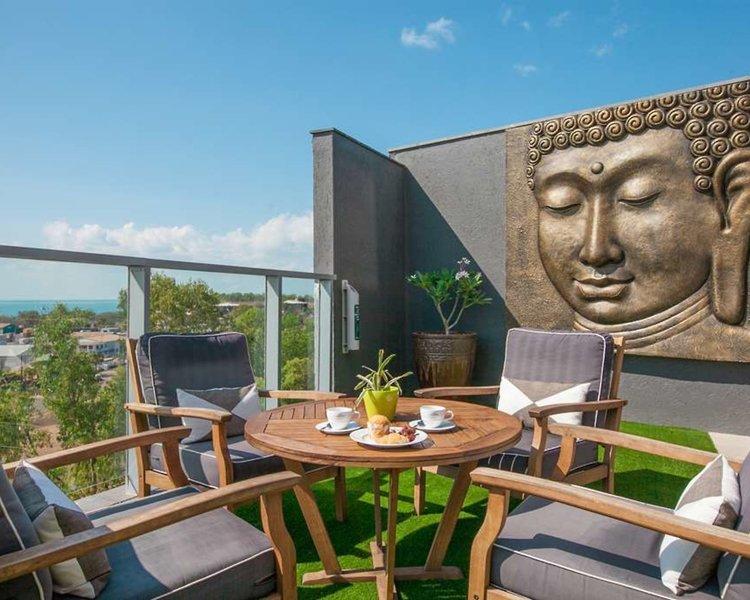 Ramada Suites Zen Quarter Darwin Terrasse