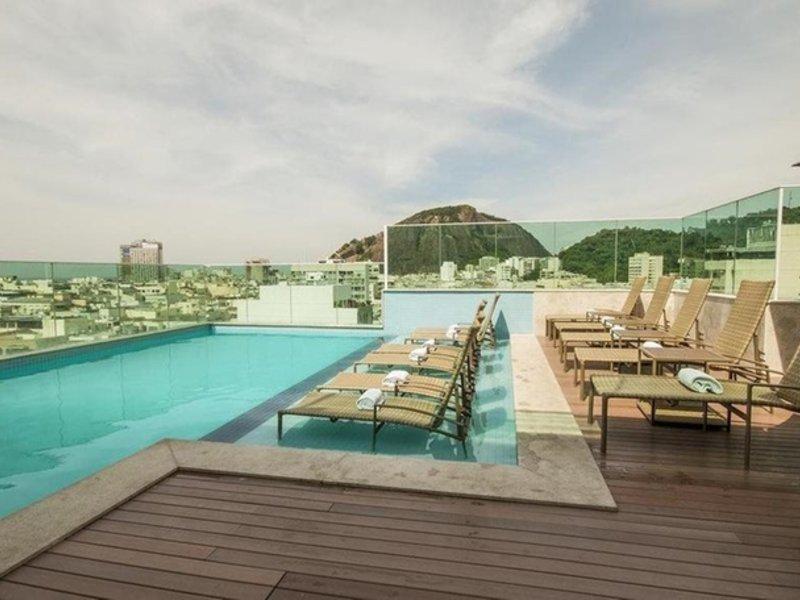 Americas Copacabana Pool