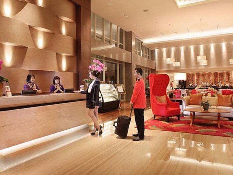 Swiss-Belinn Manyar Surabaya Lounge/Empfang