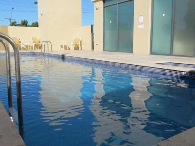 Waldorf Parramatta Apartment Hotel Pool