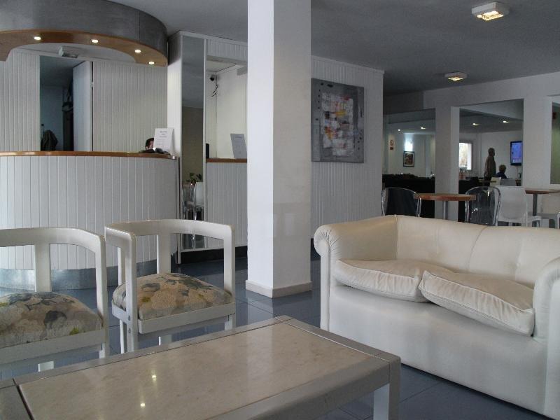 Hotel Florinda Lounge/Empfang