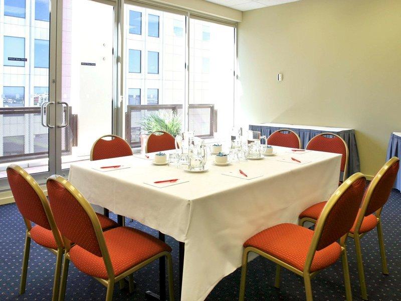 ibis on Little Bourke Street Hotel Konferenzraum
