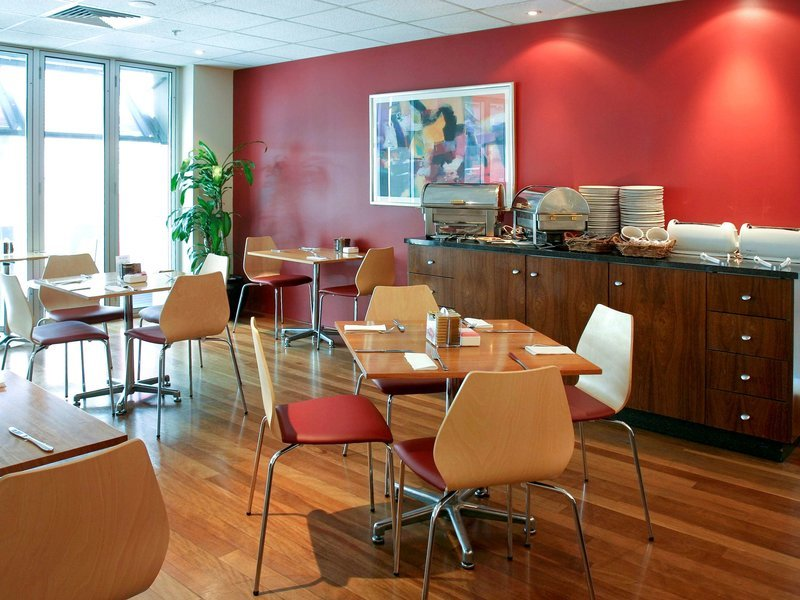 ibis on Little Bourke Street Hotel Restaurant