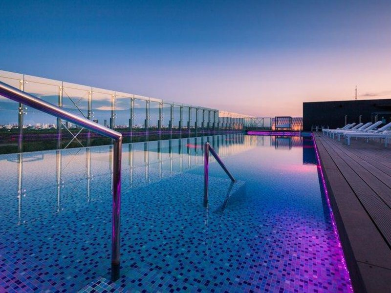 Radisson Hotel Santa Cruz Pool