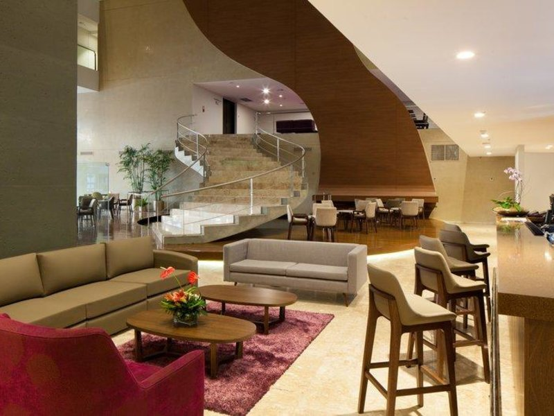 Radisson Hotel Santa Cruz Lounge/Empfang