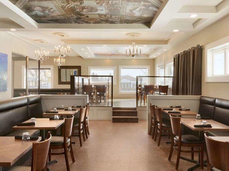 Travelodge Edmonton South Restaurant