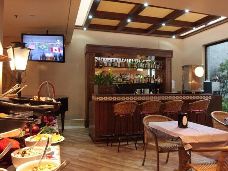 Estanplaza Paulista Bar