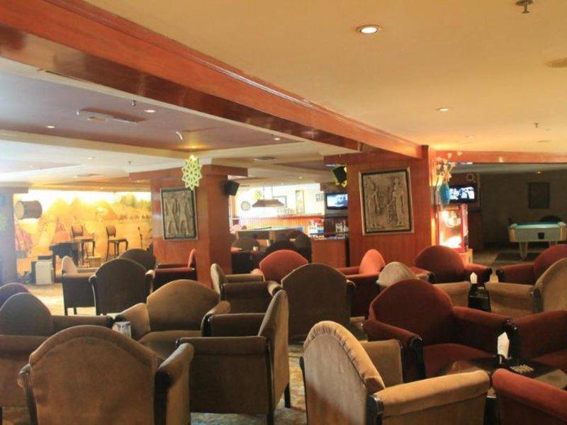 Somerset Bar