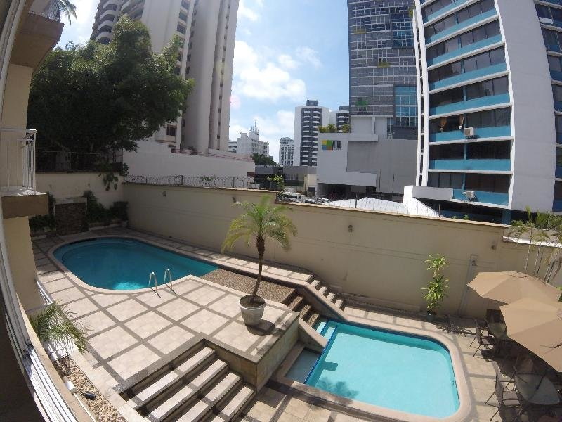 AZ Hotel & Suites Panama Pool
