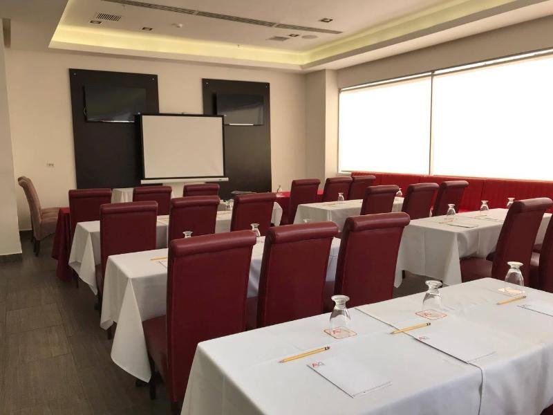 AZ Hotel & Suites Panama Konferenzraum
