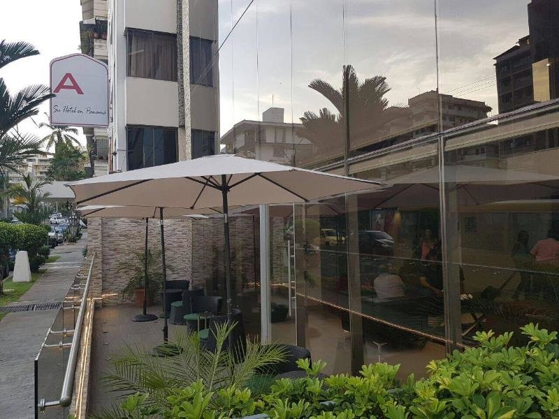 AZ Hotel & Suites Panama Terrasse