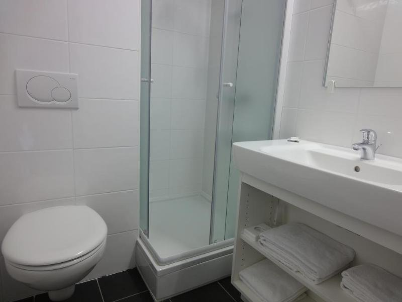 Corsendonk Duinse Polders Badezimmer