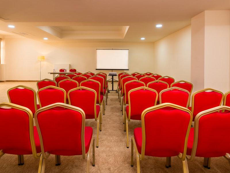 Paris Hotel Yerevan Konferenzraum