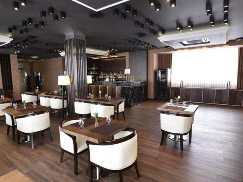 Paris Hotel Yerevan Restaurant