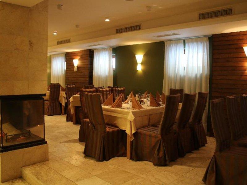 Radina´s Way Restaurant