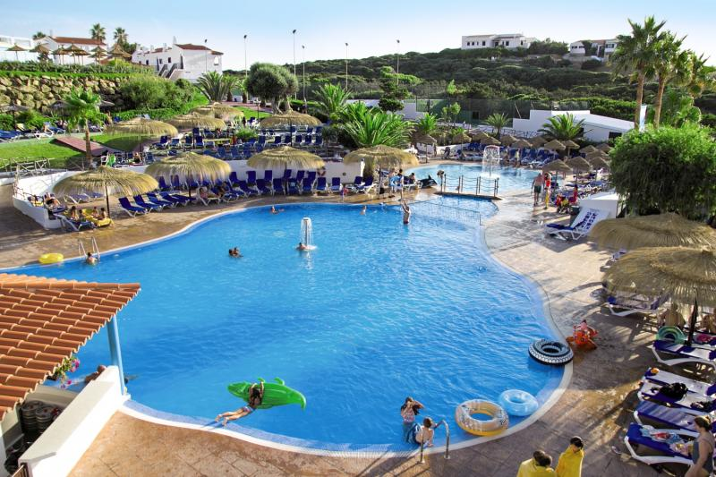 Carema Club Resort Pool