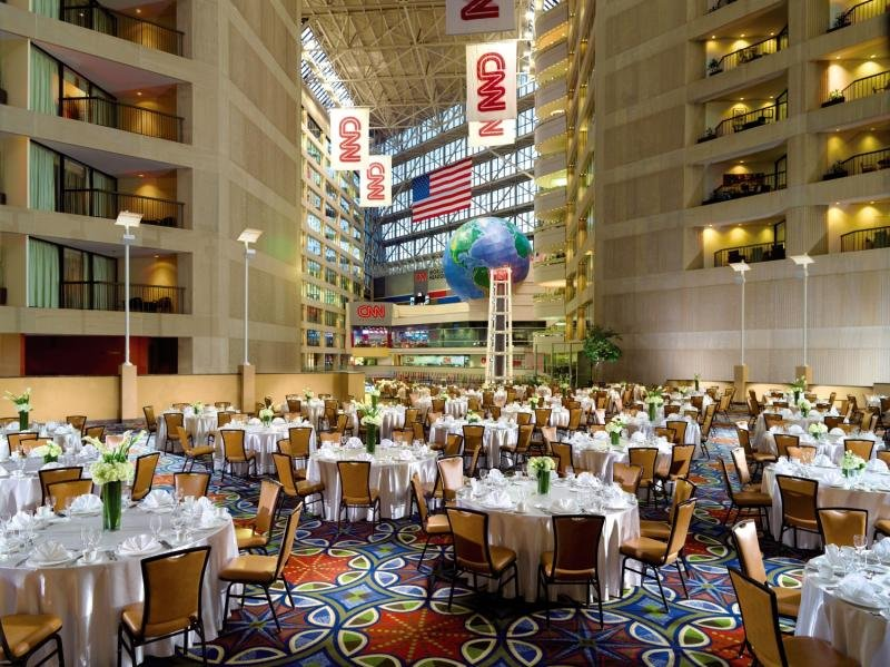 Omni Atlanta Hotel at CNN Center Restaurant