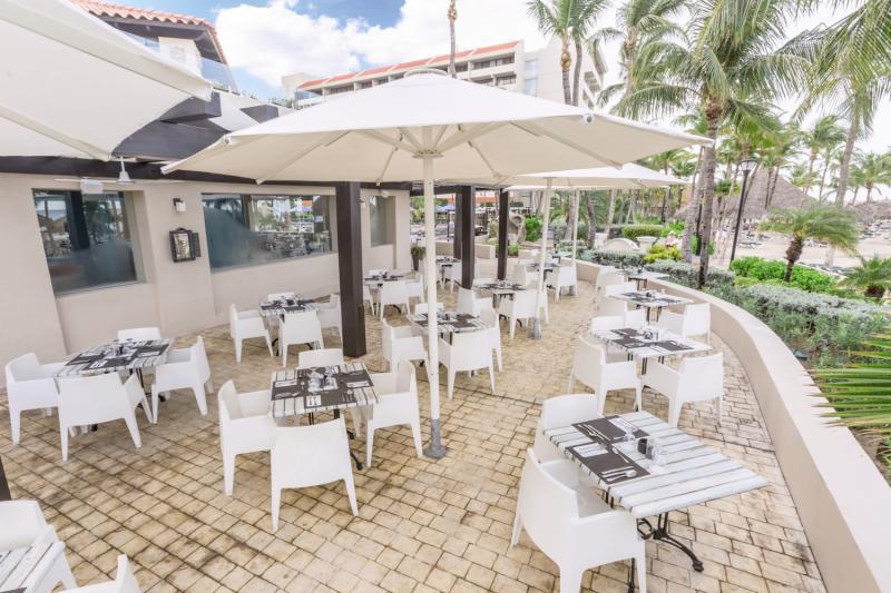 Barcelo Aruba  Terrasse
