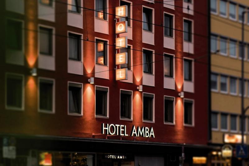Hotel Amba Außenaufnahme
