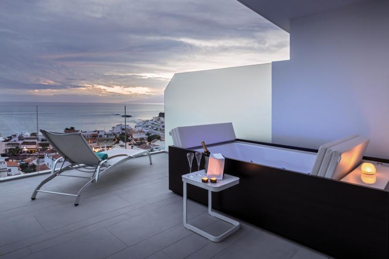 Royal Hideaway Corales Beach - Erwachsenenhotel Terrasse