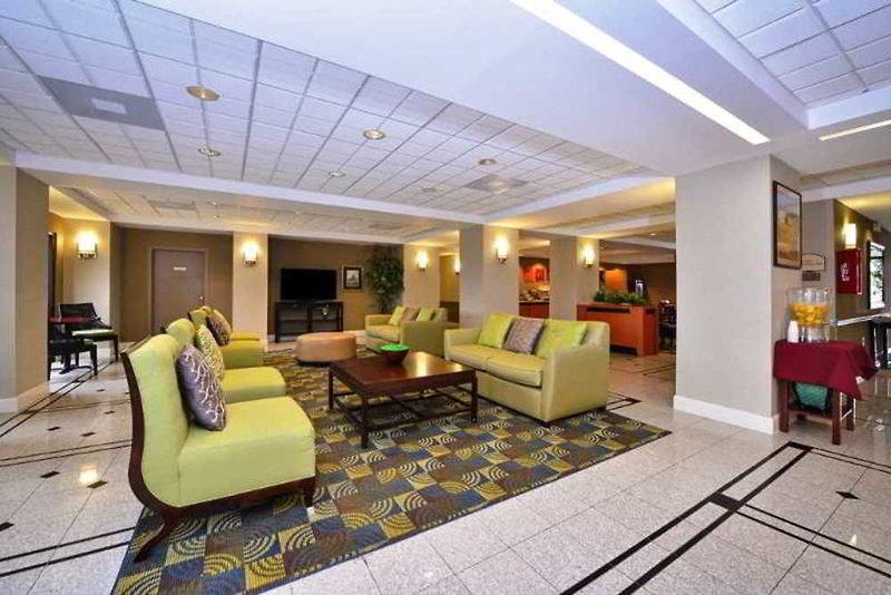Comfort Inn & Suites Southwest Fwy at Westpark Lounge/Empfang