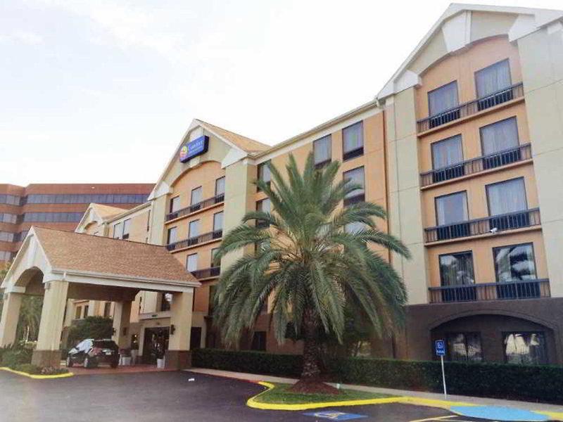 Comfort Inn & Suites Southwest Fwy at Westpark Außenaufnahme