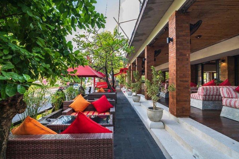 Kuta Seaview Boutique Resort & Spa Terrasse