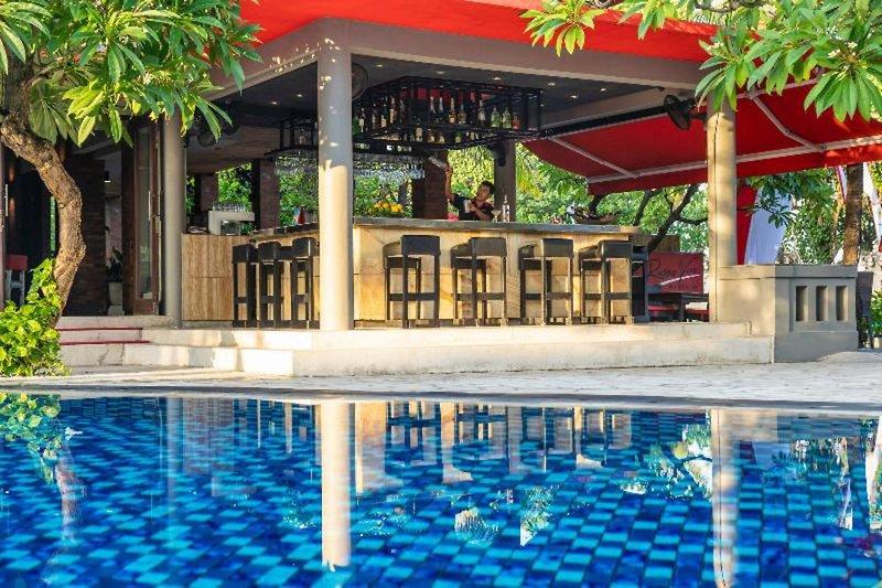 Kuta Seaview Boutique Resort & Spa Pool
