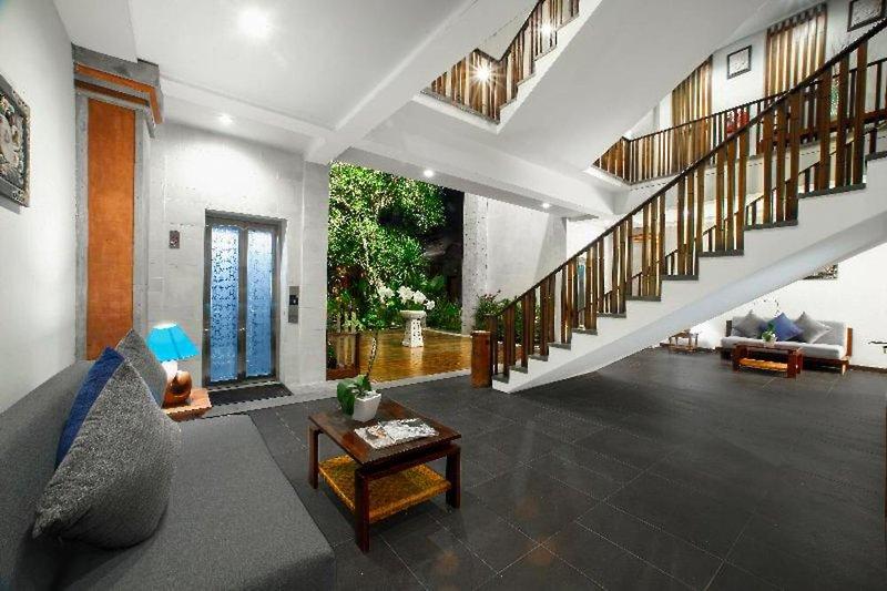 Kuta Seaview Boutique Resort & Spa Lounge/Empfang