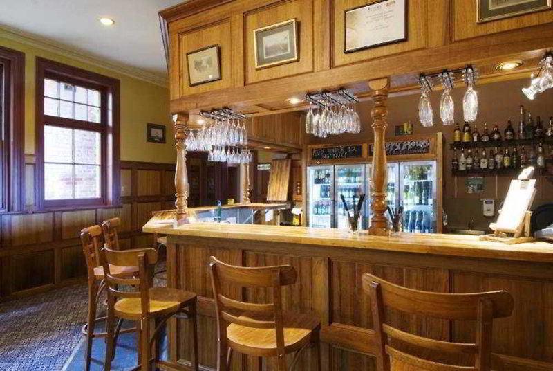 Rydges Hobart Bar