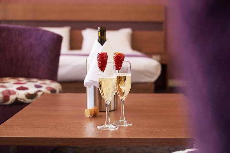 Quality Hotel Ambassador Perth Restaurant