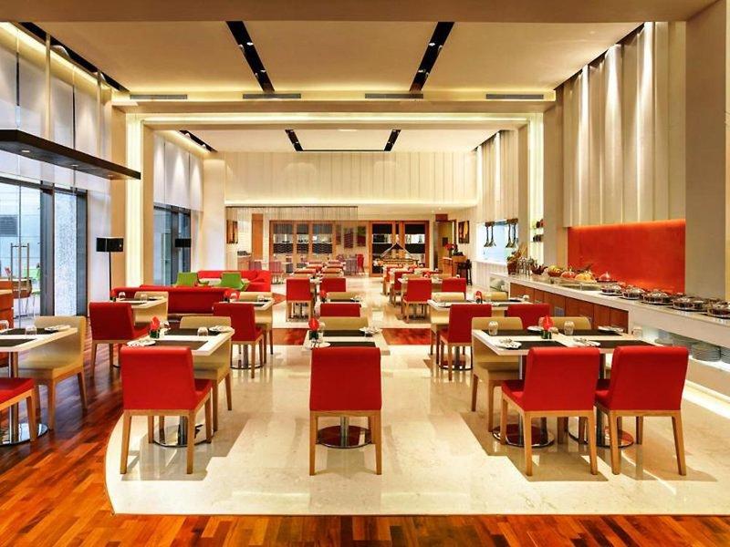 ibis Delhi Airport Restaurant