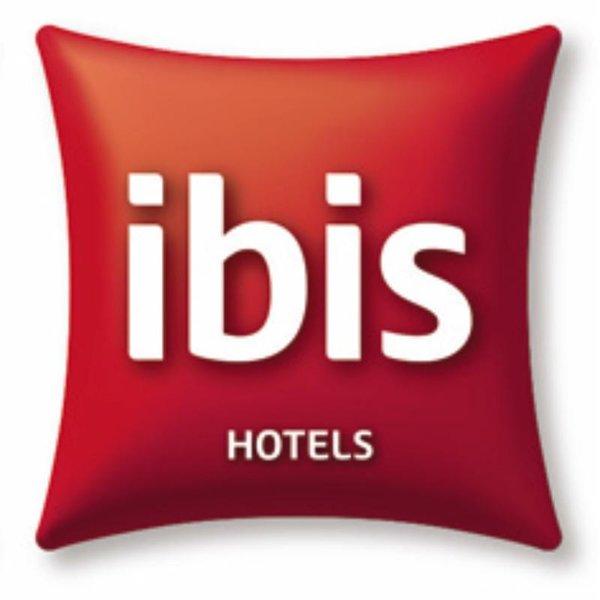 ibis Styles Albany Logo