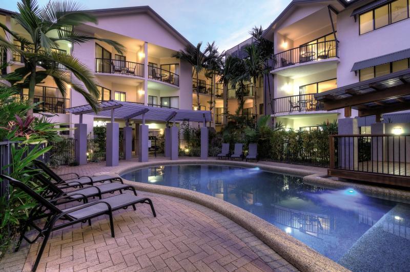 Bay Villas Resort Pool