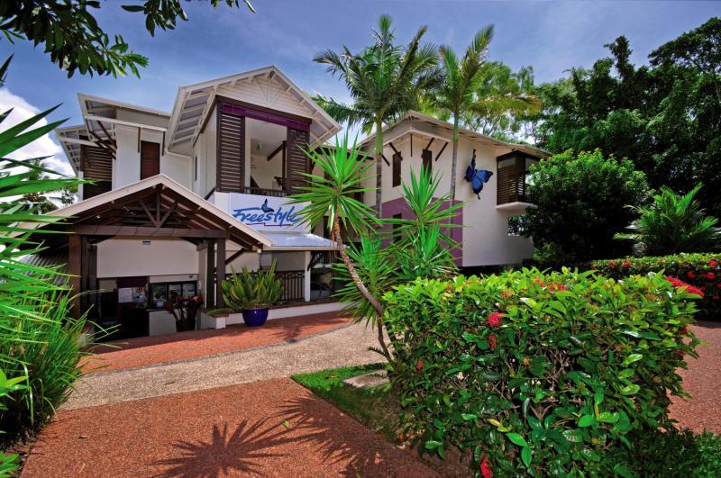 Freestyle Resort Port Douglas Außenaufnahme