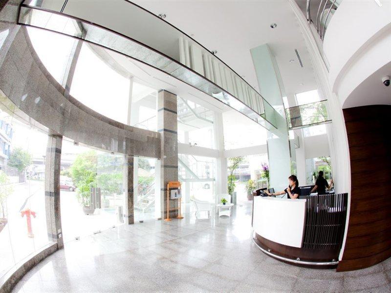 Trang Hotel Bangkok Lounge/Empfang