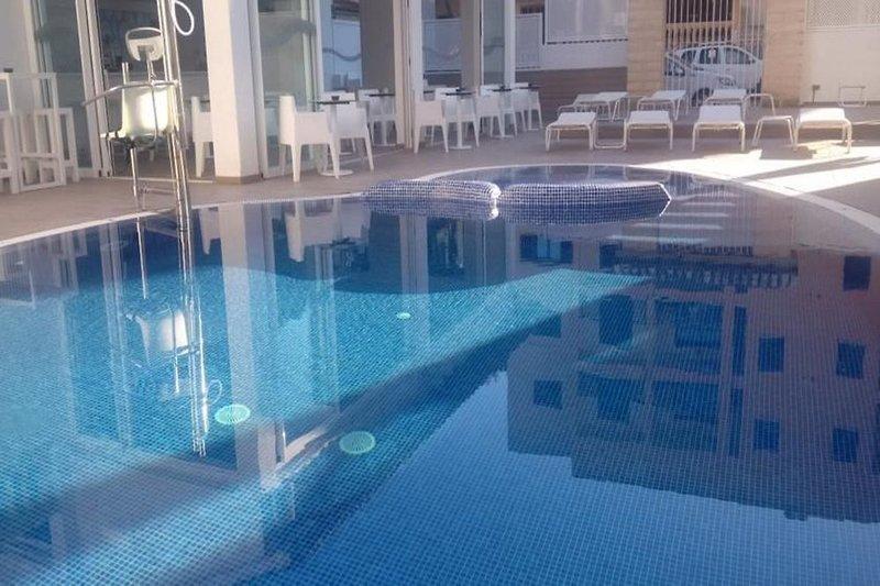 R2 Bahia Cala Ratjada Design Hotel - Erwachsenenhotel Pool