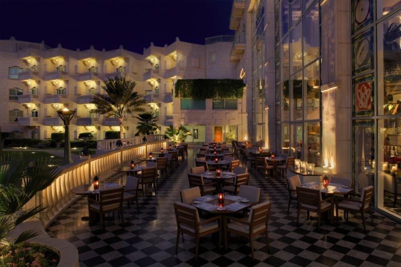 Grand Hyatt Muscat Terrasse