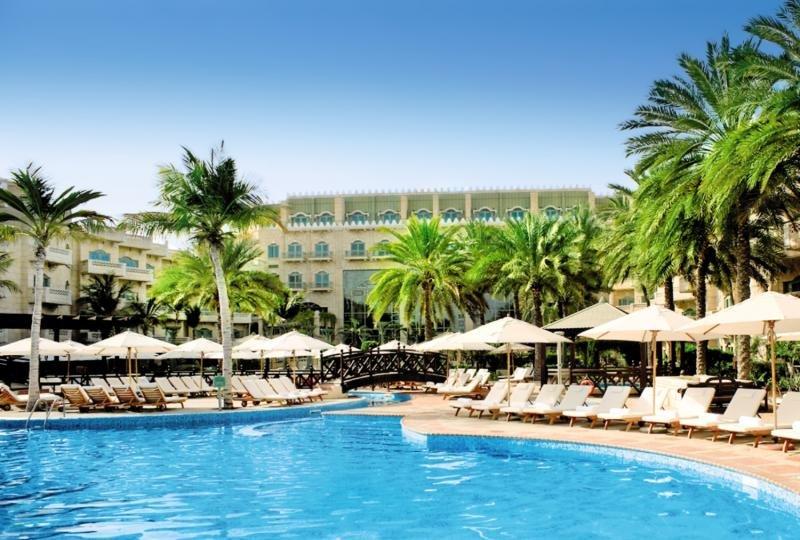 Grand Hyatt Muscat Pool