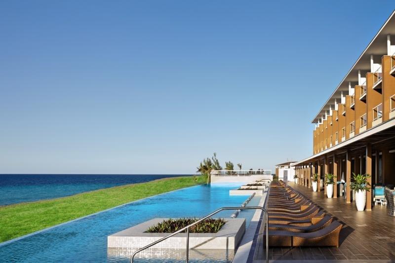 Ocean Vista Azul by H10 Pool