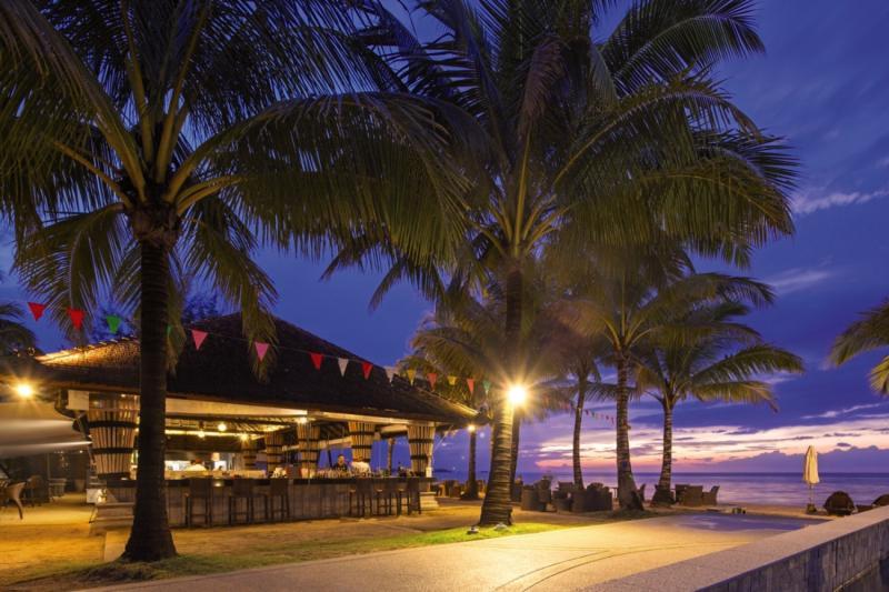 Beyond Resort Khaolak - Erwachsenenhotel Terrasse