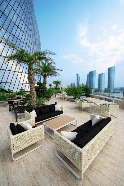 Wyndham Grand Manama Terrasse
